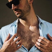 chest hair natural color