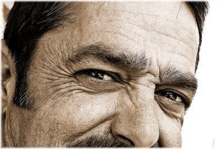 Wrinkles: WHY men g...